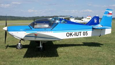 OK-IUT05 - Zenair CH601 - Private