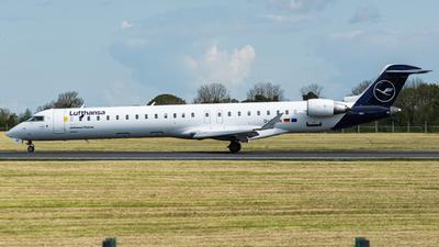 A picture of DACNN - Mitsubishi CRJ900LR - Lufthansa - © Jonathan L - Skies of Pearl