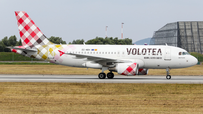 A picture of ECNDH - Airbus A319111 - Volotea - © Marvin Knitl