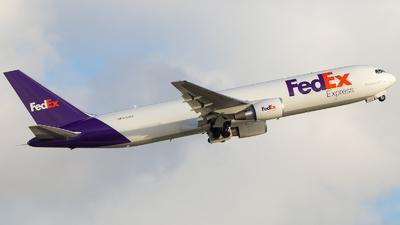 A picture of N154FE - Boeing 7673S2F(ER) - FedEx - © Marcos Perez Sanchez