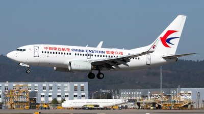 A picture of B5822 - Boeing 73779P - China Eastern Airlines - © Lazy Clutch
