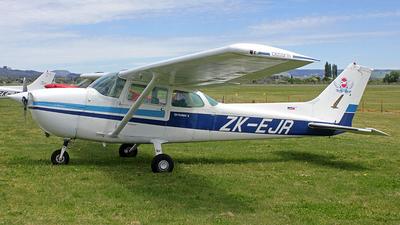 ZK-EJR - Cessna 172N Skyhawk II - Private