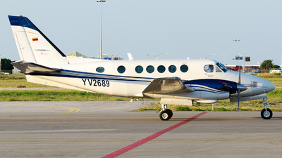 YV2689 - Beechcraft A100 King Air - Private