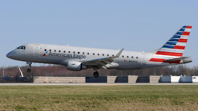 A picture of N408YX - Embraer E175LR - American Airlines - © DJ Reed - OPShots Photo Team