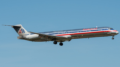 N970TW - McDonnell Douglas MD-83 - American Airlines