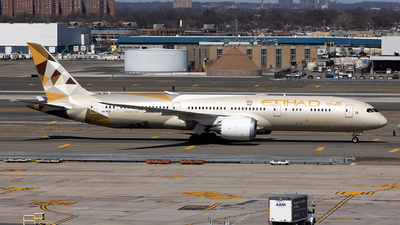 A picture of A6BLD - Boeing 7879 Dreamliner - Etihad Airways - © JinZi