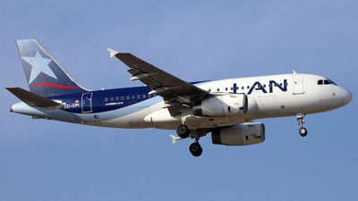 CC-CPI - Airbus A319-132 - LAN Airlines