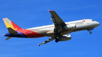 HL7737 - Airbus A320-232 - Asiana Airlines