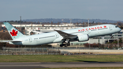 A picture of CFRSA - Boeing 7879 Dreamliner - Air Canada - © Leo Sheng