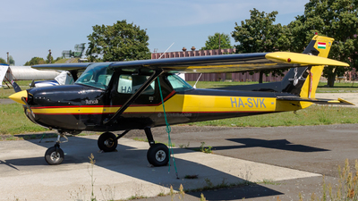 HA-SVK - Cessna 150M - Private