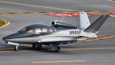 N98GF - Cirrus Vision SF50 - Private
