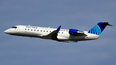 N223JS - Bombardier CRJ-200LR - United Express (SkyWest Airlines)