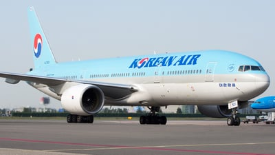 A picture of HL7531 - Boeing 7772B5(ER) - Korean Air - © Dutch