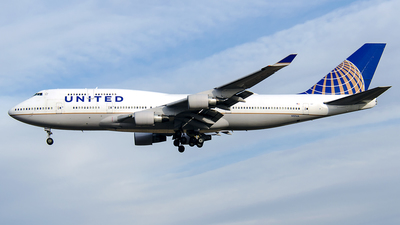 N117UA - Boeing 747-422 - United Airlines
