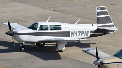 A picture of N17PM - Mooney M20J - [241618] - © Javier Vera