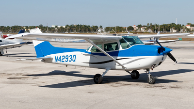 N4293Q - Cessna 172L Skyhawk - Private
