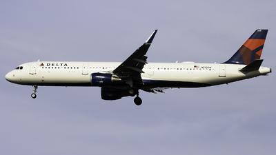 N352DN - Airbus A321-211 - Delta Air Lines