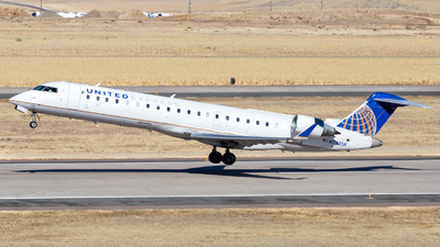 A picture of N743SK - Mitsubishi CRJ701ER - United Airlines - © HA-KLS