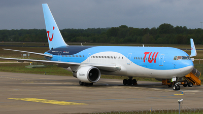 A picture of PHOYI - Boeing 767304(ER) - TUI fly - © BaszB