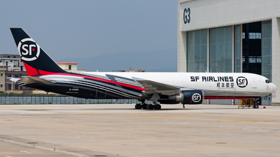 A picture of B6996 - Boeing 767338(ER)(BCF) - SF Airlines - © Zhou Qiming