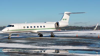 A picture of SERDY - Gulfstream G550 -  - © Laszlo Fekete