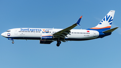 A picture of TCSOG - Boeing 7378HC - SunExpress - © Thierry Weber