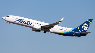 A picture of N272AK - Boeing 737990(ER) - Alaska Airlines - © Brandon Giacomin