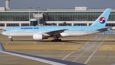 HL7733 - Boeing 777-2B5(ER) - Korean Air
