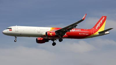 VN-A647 - Airbus A321-211 - VietJet Air