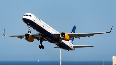 A picture of TFFIX - Boeing 757308 - Icelandair - © Jet92