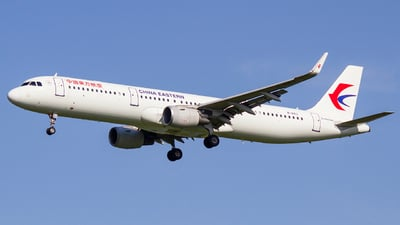 B-8163 - Airbus A321-211 - China Eastern Airlines