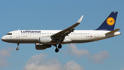 A picture of DAIUT - Airbus A320214 - Lufthansa - © Bluerick - Ricardo Capa