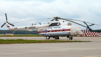 RF-32834 - Mil Mi-8MTV-1 Hip - Russia - Ministry for Emergency Situations (MChS)
