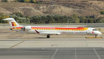 A picture of ECJYA - Mitsubishi CRJ900ER - [15090] - © Paul Davey