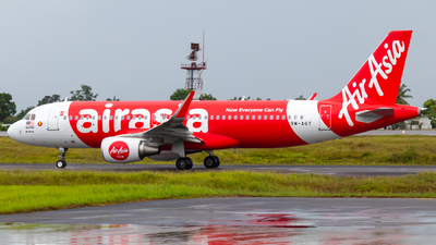 A picture of 9MAGT - Airbus A320216 - AirAsia - © JC28