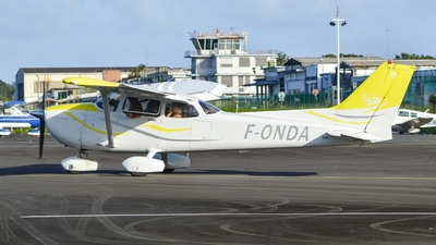 F-ONDA - Cessna 172S Skyhawk SP - Private