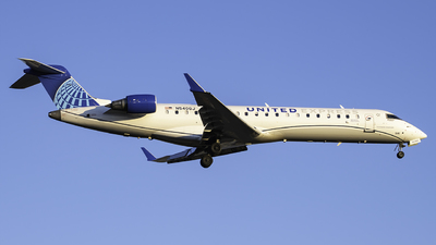 A picture of N540GJ - Mitsubishi CRJ550 - United Airlines - © Tyler Lorenz