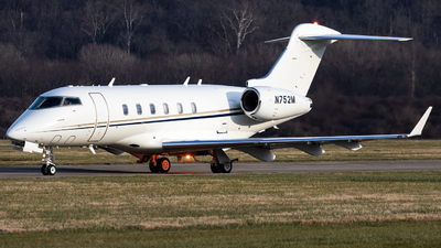 N752M - Bombardier BD-100-1A10 Challenger 300 - Private