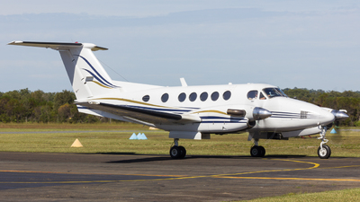 VH-ZOS - Beechcraft B200 Super King Air - Private