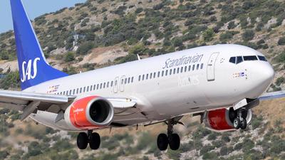 LN-RPR - Boeing 737-883 - Scandinavian Airlines (SAS)