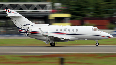 N900VA - Raytheon Hawker 900XP - Clay Lacy Aviation