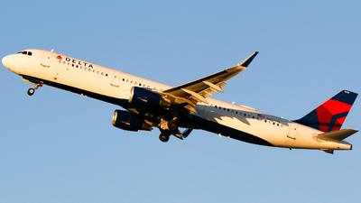 N332DN - Airbus A321-211 - Delta Air Lines