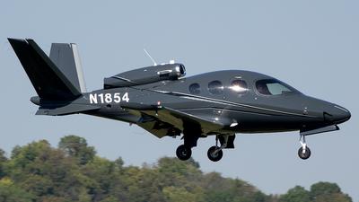 N1854 - Cirrus Vision SF50 G2 - Private