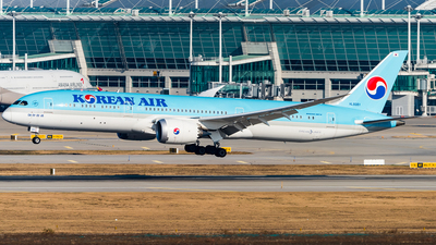 HL8081 - Boeing 787-9 Dreamliner - Korean Air