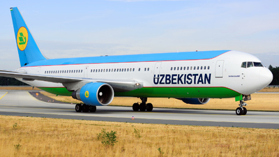 UK-67001 - Boeing 767-33P(ER) - Uzbekistan Airways
