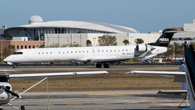 A picture of N241LR - Mitsubishi CRJ900ER - Mesa Airlines - © Eric Page Lu