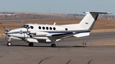 C-GXHR - Beechcraft B200 Super King Air - Bar XH Air