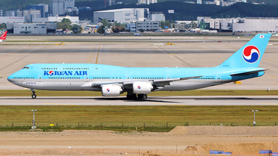 HL7637 - Boeing 747-8B5 - Korean Air
