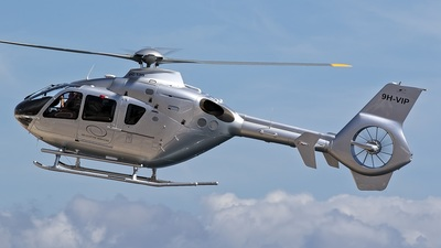 A picture of 9HVIP - Eurocopter EC135 - [0193] - © BizavMen