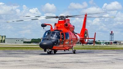 6550 - Aérospatiale MH-65C Dauphin - United States - US Coast Guard (USCG)